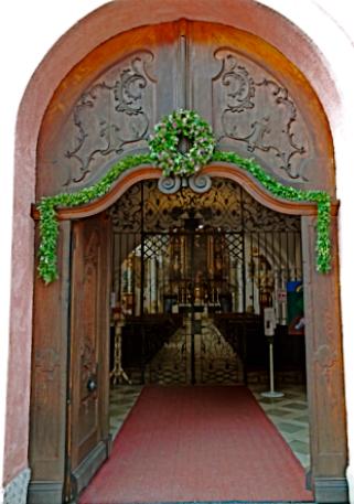 Eingang zur Klosterkirche von Beuerberg
