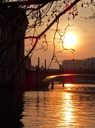Sonneuntergang am Bodeufer