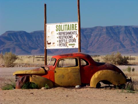 Solitaire in der Namibwüste