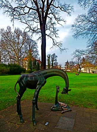 Zwei Giraffen von Hans Hennig im Schlosspark Köpenick