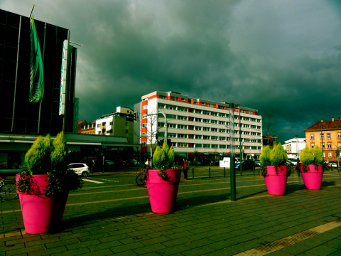 Landau Bahnhofsvorplatz