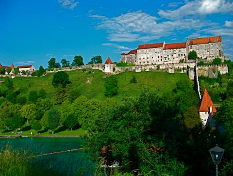 Burghauen weltlängste Burg