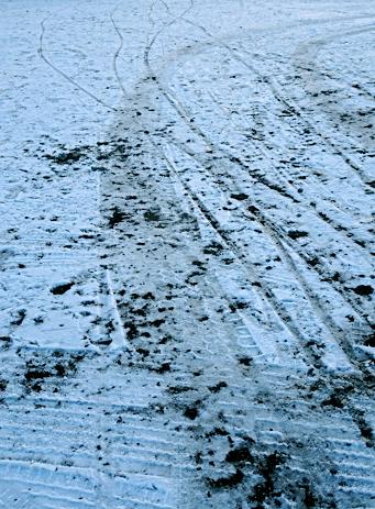 Schneespuren am Olympiapark