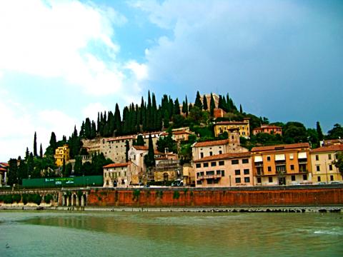 Blick auf Castel San Pietro