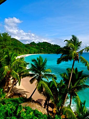 Blick von der Veranda des Banyan Tree am Anse Intendance