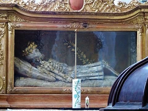 Heiligen-Reliquie in der Klosterkirche St. Lambert