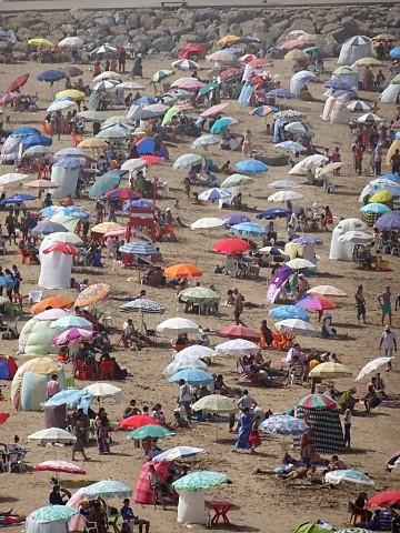 Blick auf den Strand von Rabat