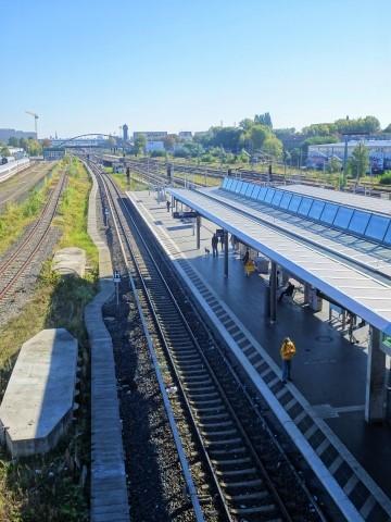 Blick auf den S-Bahnhof Warschauer Straße
