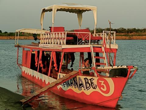 Mit der Lakana Be 3 auf dem Tsiribihina