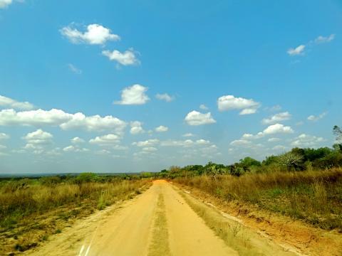 Der Weg zum Weltnaturerbe Tsingys.